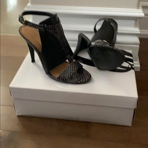 Nine West Sandals - Black with White Accents
